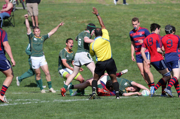 Mustang Flyhalf Taylor Honnette reaches out for the try. Photo Karen Drinkwater